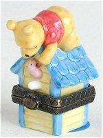 Pooh and Birdhouse